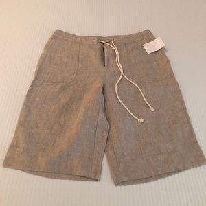 Liz Wear - Linen Shorts with Draw String